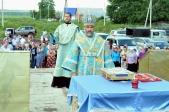 Епископ Николай совершил Литургию и освящение закладного камня в основание строящегося храма с. Васильевка