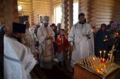 Преосвященнейший епископ Николай совершил Божественную литургию в храме Рождества Христова в с.Васильевка Мелеузовского района