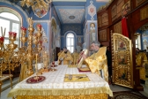 Преосвященнейший епископ Николай совершил Божественную литургию в Успенском кафедральном соборе