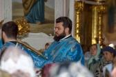 Епископ Николай принял молитвенное участие в Божественной  литургии в кафедральном соборе г. Оренбурга