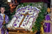 В канун праздника Воздвижения Честного и Животворящего Креста Господня Преосвященнейший епископ Николай совершил всенощное бдение