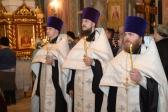 Епископ Николай совершил Всенощное бдение в Успенском кафедральном соборе