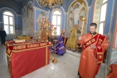 Преосвященнейший Владыка Николай совершил утреню с акафистом Воскресению Христову в Успенском кафедральном соборе