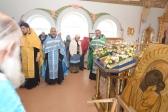 Преосвященнейший Николай совершил всенощное бдение в Варваринском храме на скиту во имя блаженной Варвары в с.Скворчиха