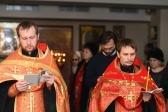 Владыка Николай совершил утреню с акафистом вмч. Екатерине