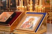 Преосвященнейший епископ Николай совершил утреню с акафистом в Успенском кафедральном соборе