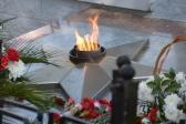 """В День Победы Преосвященнейший епископ Николай возложил венок к мемориалу """"Вечный огонь"""" в г. Салават"""