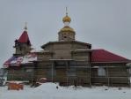 Преосвященнейший епископ Николай совершил чин освящения креста и купола строящегося храма во имя святителя Луки (Воино-Ясенецкого)