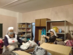 Сёстры милосердия провели сортировку вещей для домов престарелых