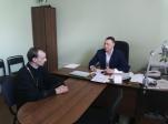 Иерей Евгений Никитин посетил районную администрацию