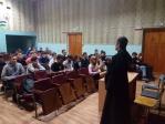 Священнослужитель на встрече с учащимися Кумертауского горного колледжа