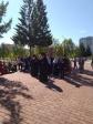 В День Победы, Преосвященнейший епископ Николай совершил возложение цветов на мемориальном комплексе «Вечный огонь» г.Салавата