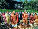Преосвященнейший епископ Николай принял молитвенное участие в Литургии в Покровском соборе Сарапула