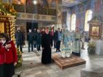 В праздник иконы Божией Матери «Неопалимая Купина» Преосвященнейший епископ Николай возглавил Литургию в Успенском кафедральном соборе г. Салават