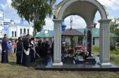 Владыка Николай совершил чин великого освящения Михаило-Архангельского (трапезного) храма Покрово-Еннатского мужского монастыря