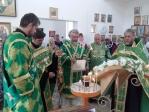 Преосвященнейший епископ Николай совершил Всенощное бдение в храме в с.Малый Менеуз.