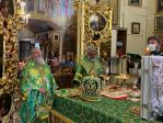 В день памяти преподобного Сергия Радонежского епископ Николай молился за Литургией, которую возглавил Высокопреосвященнейший митрополит Никон в Сергиевском соборе в Уфе